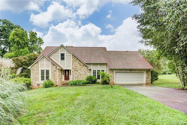 10404 Takeridge Court, Charlotte, NC 28277 (#3390135) :: Odell Realty Group