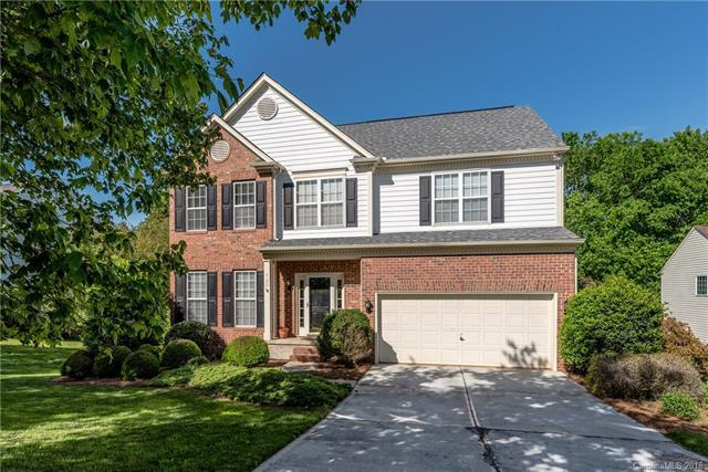 722 Moss Creek Drive, Matthews, NC 28105 (#3390197) :: High Performance Real Estate Advisors