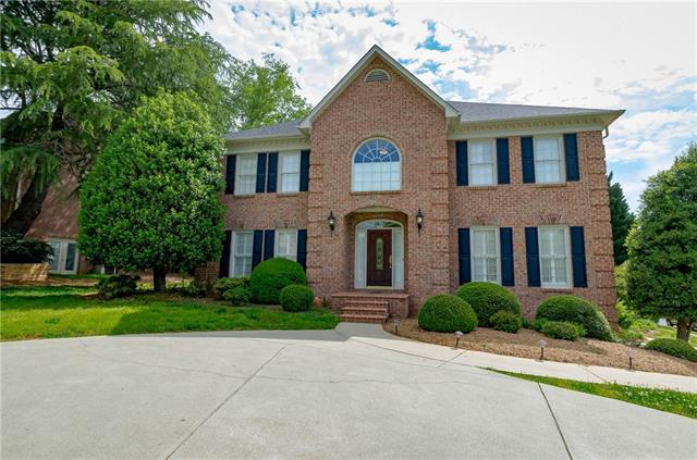 4308 3rd St Place NW, Hickory, NC 28601 (#3390262) :: Odell Realty Group