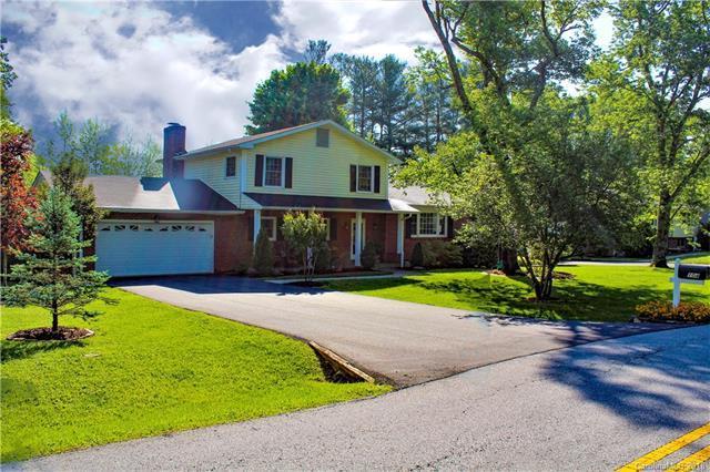 104 Underhill Road, Hendersonville, NC 28792 (#3390314) :: LePage Johnson Realty Group, LLC