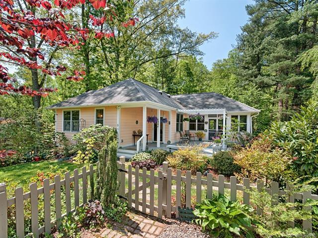 9 Waverly Road, Asheville, NC 28803 (#3390575) :: RE/MAX Metrolina