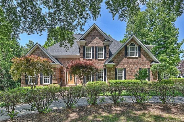 18242 River Ford Drive, Davidson, NC 28036 (#3390791) :: Charlotte Home Experts