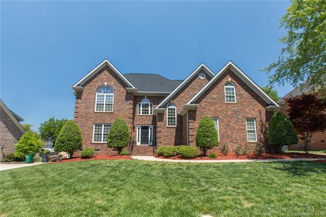 7115 Edenderry Drive, Charlotte, NC 28270 (#3390807) :: The Ramsey Group
