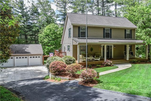 212 Riva Ridge Drive, Fairview, NC 28730 (#3390827) :: Puffer Properties