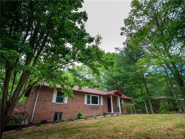 219 Trappers Trail, Hendersonville, NC 28739 (#3391561) :: Zanthia Hastings Team