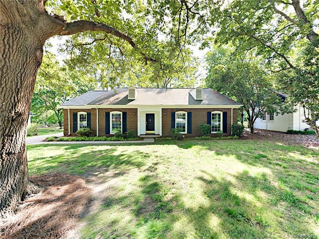 6592 Stoney Ridge Road, Matthews, NC 28104 (#3391690) :: Stephen Cooley Real Estate Group