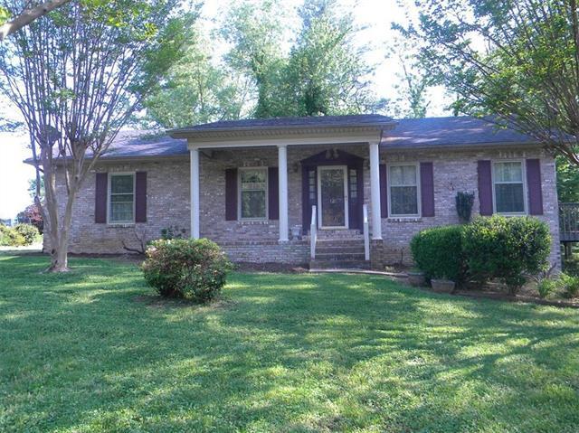 126 Whispering Pines Street E, Hudson, NC 28638 (#3391766) :: High Performance Real Estate Advisors