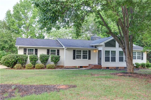 704 Rugby Road, Lancaster, SC 29720 (#3391813) :: High Performance Real Estate Advisors