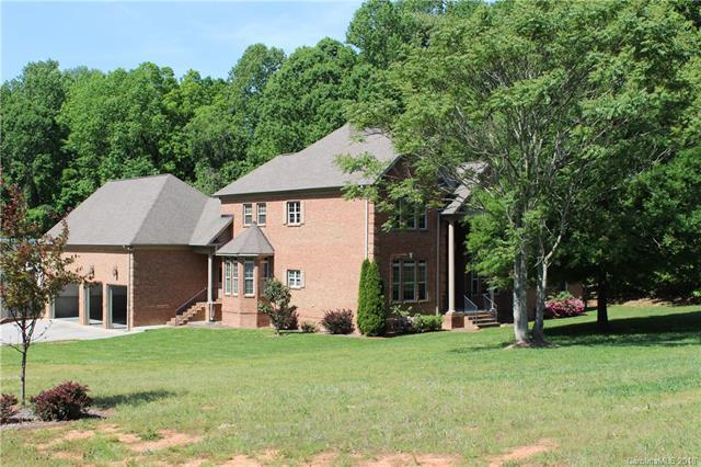 135 Teague Drive, Mooresville, NC 28117 (#3391842) :: The Ramsey Group