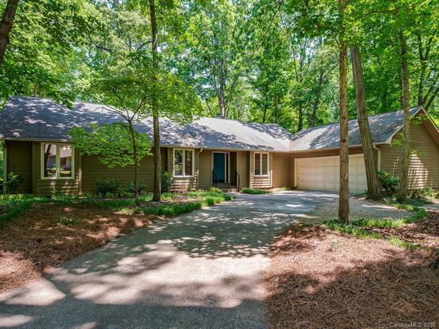 1703 Wandering Way Drive, Charlotte, NC 28226 (#3392776) :: Scarlett Real Estate