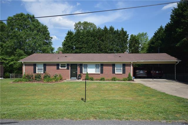 2675 West View Acres Street, Hickory, NC 28601 (#3392811) :: Team Southline
