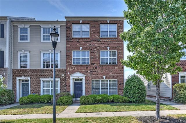 9534 Kings Parade Boulevard #4, Charlotte, NC 28273 (#3392863) :: Miller Realty Group
