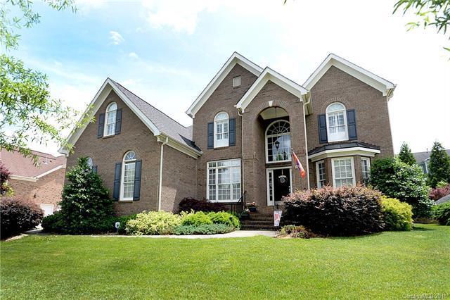1018 Woodhall Drive, Huntersville, NC 28078 (#3392913) :: Cloninger Properties