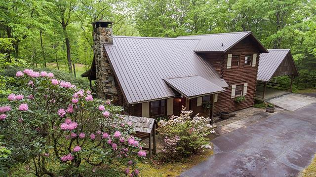 360 Cherokee Trace, Lake Toxaway, NC 28747 (#3393116) :: Puffer Properties