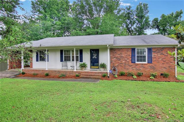 1325 Hawthorne Road, Lancaster, SC 29720 (#3393213) :: Leigh Brown and Associates with RE/MAX Executive Realty