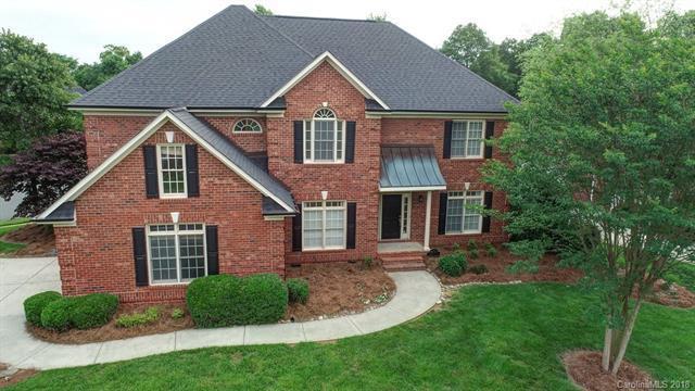 4732 Fairvista Drive, Charlotte, NC 28269 (#3393251) :: Charlotte Home Experts