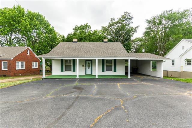 1413 Cannon Boulevard, Kannapolis, NC 28083 (#3393257) :: Team Honeycutt