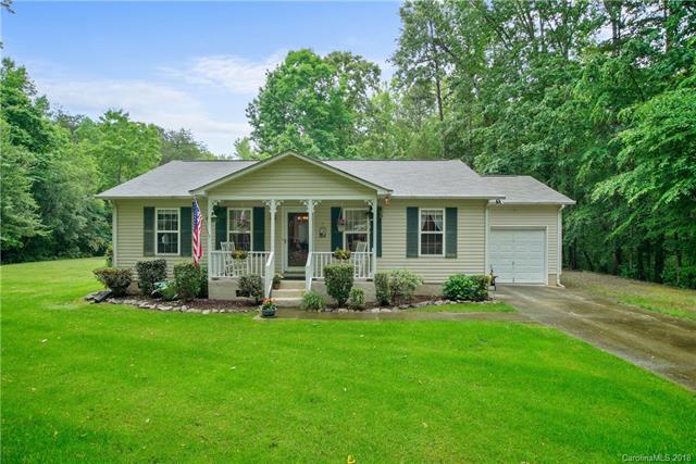 130 Patrose Lane, Mooresville, NC 28117 (#3393552) :: MartinGroup Properties