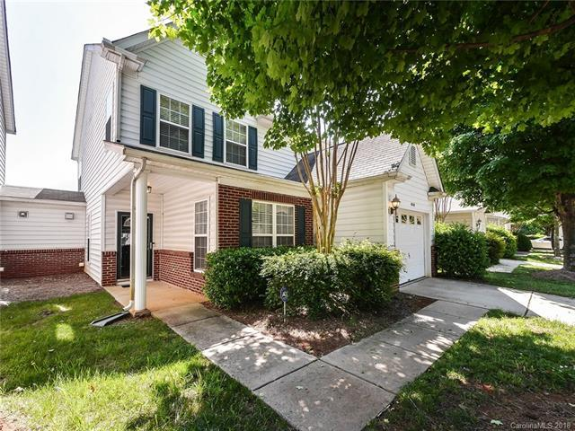 6518 Avonlea Court, Charlotte, NC 28269 (#3393826) :: Phoenix Realty of the Carolinas, LLC