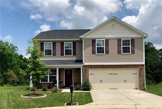 2032 Red Leaf Court, Dallas, NC 28034 (#3393849) :: Puma & Associates Realty Inc.