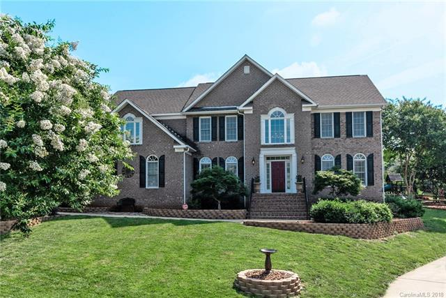 8901 Whipps Cross Court, Waxhaw, NC 28173 (#3394060) :: Stephen Cooley Real Estate Group