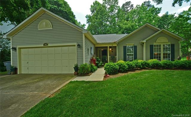 5400 Groveton Court, Charlotte, NC 28269 (#3394100) :: The Ramsey Group