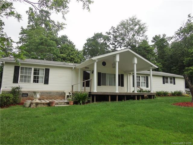 7807 Hickory Creek Drive, Denver, NC 28037 (#3394292) :: Cloninger Properties
