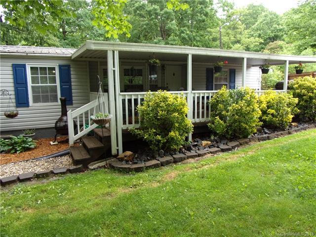 137 Vehorn Road, Fairview, NC 28730 (#3394326) :: Puffer Properties