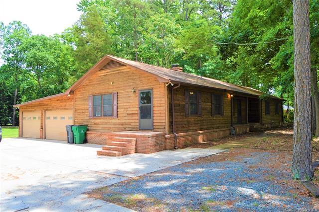 2909 Sunset Road, Charlotte, NC 28226 (#3394660) :: Mossy Oak Properties Land and Luxury