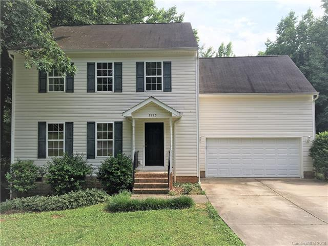 7125 Lakeside Drive, Charlotte, NC 28215 (#3394888) :: Leigh Brown and Associates with RE/MAX Executive Realty