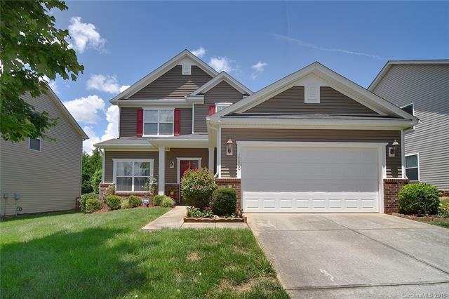 10800 Whithorn Way, Charlotte, NC 28278 (#3395132) :: Miller Realty Group