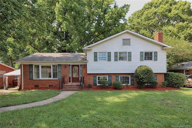 3327 Woodleaf Road, Charlotte, NC 28205 (#3395175) :: Stephen Cooley Real Estate Group