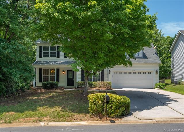 4226 Poplar Grove Drive, Charlotte, NC 28269 (#3395237) :: The Ramsey Group