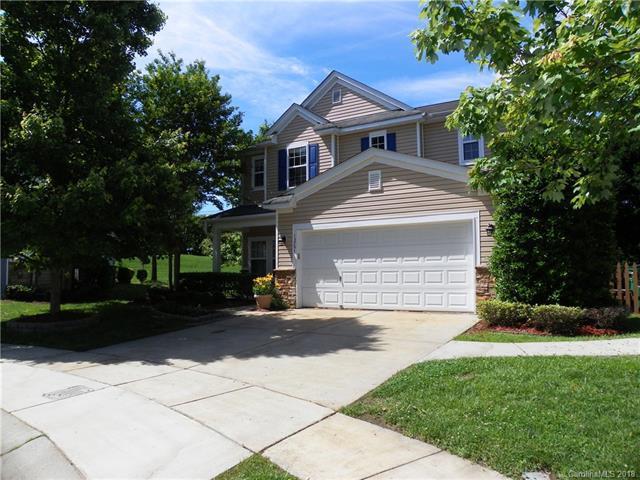 13701 Traherne Court, Charlotte, NC 28213 (#3395277) :: Carlyle Properties