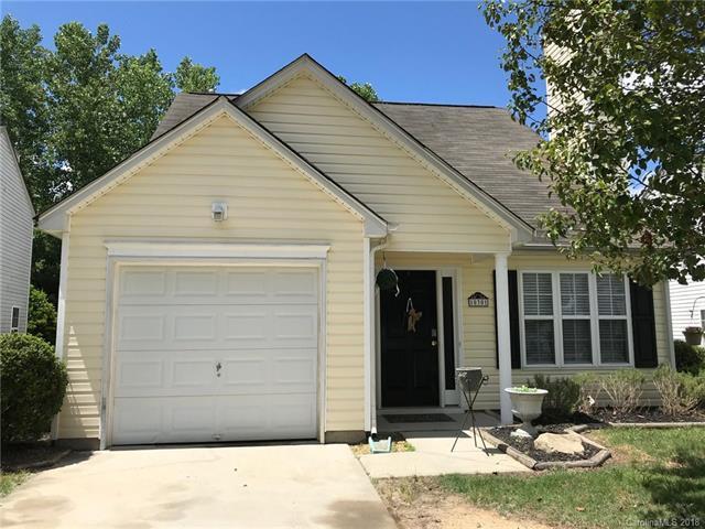 10301 Covingtonwood Drive, Charlotte, NC 28214 (#3395285) :: Scarlett Real Estate