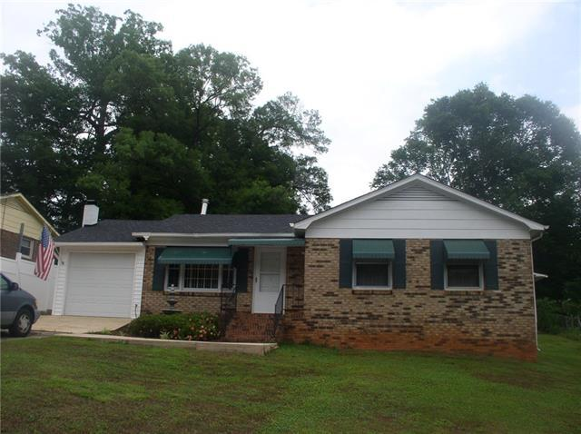 1112 13th Street NW, Conover, NC 28613 (#3395391) :: Rowena Patton's All-Star Powerhouse powered by eXp Realty LLC
