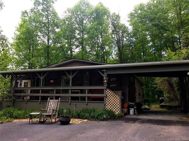 877 Chestnut Mountain Road, Spruce Pine, NC 28777 (#3395466) :: Leigh Brown and Associates with RE/MAX Executive Realty