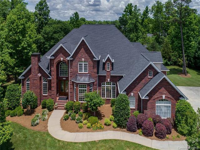 808 Nauvasse Trail, Fort Mill, SC 29715 (#3395556) :: Roby Realty