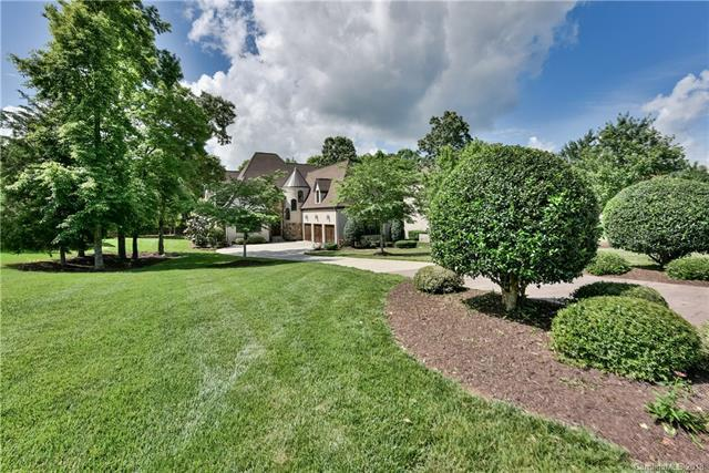 1806 Funny Cide Drive, Waxhaw, NC 28173 (#3395669) :: The Sarah Moore Team
