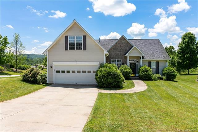 102 W Farm Creek Drive, Asheville, NC 28806 (#3395714) :: Miller Realty Group