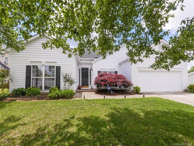12340 Panthersville Drive, Charlotte, NC 28269 (#3395756) :: The Ramsey Group