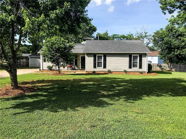 4708 Misty Hill Lane, Gastonia, NC 28056 (#3395790) :: Miller Realty Group