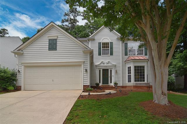 7726 Taymouth Lane, Charlotte, NC 28269 (#3395982) :: High Performance Real Estate Advisors