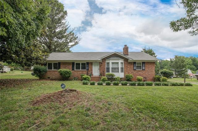 4731 Lynn Lee Circle, Charlotte, NC 28269 (#3396054) :: Miller Realty Group
