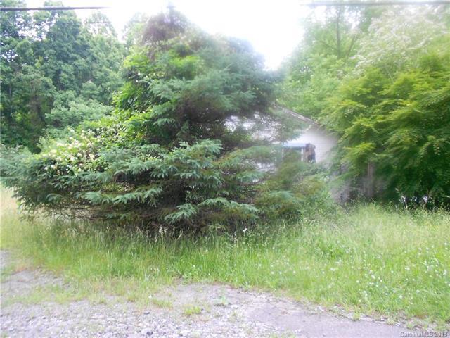 4638 Brevard Road, Horse Shoe, NC 28742 (#3396171) :: Puffer Properties