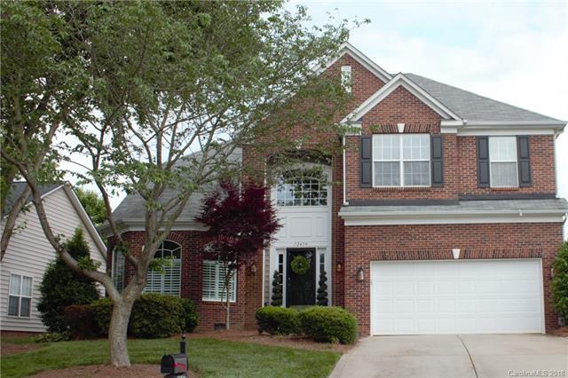 12434 Kemerton Lane, Huntersville, NC 28078 (#3396240) :: Besecker Homes Team
