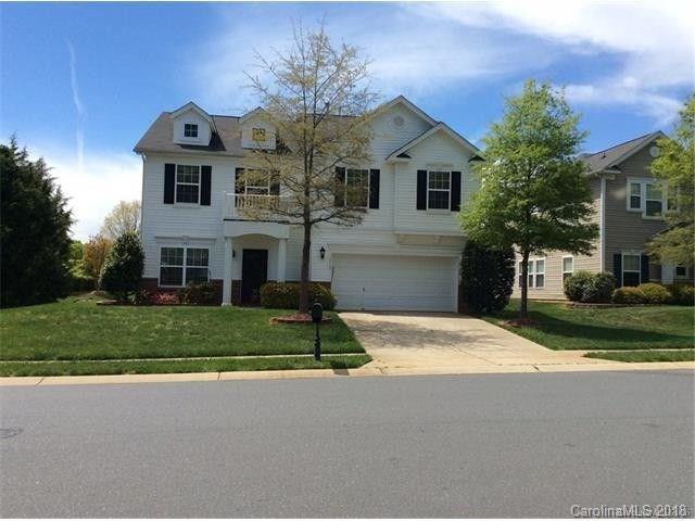 10426 Glenburn Lane, Charlotte, NC 28278 (#3396288) :: Miller Realty Group
