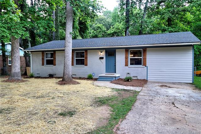 4217 Dunwoody Drive, Charlotte, NC 28215 (#3396297) :: Leigh Brown and Associates with RE/MAX Executive Realty