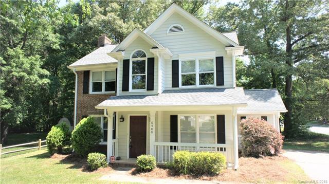 8500 Hornwood Court, Charlotte, NC 28215 (#3396366) :: LePage Johnson Realty Group, LLC