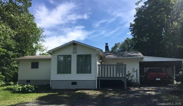 245 Ashemore Avenue, Hendersonville, NC 28791 (#3396391) :: Leigh Brown and Associates with RE/MAX Executive Realty